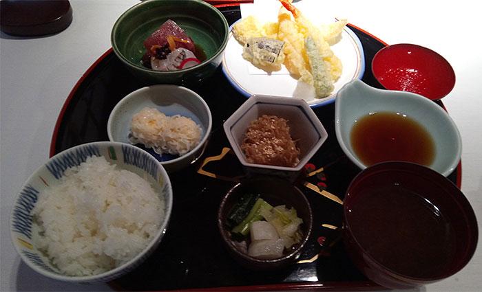 金龍御膳(1,800円)