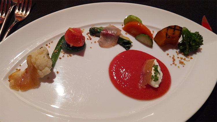 横濱の農家 平本さんの想い… 横山宜美さんのサンロードトマトのソースで