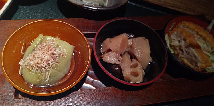 本日のおばんざい三点盛定食(950円)