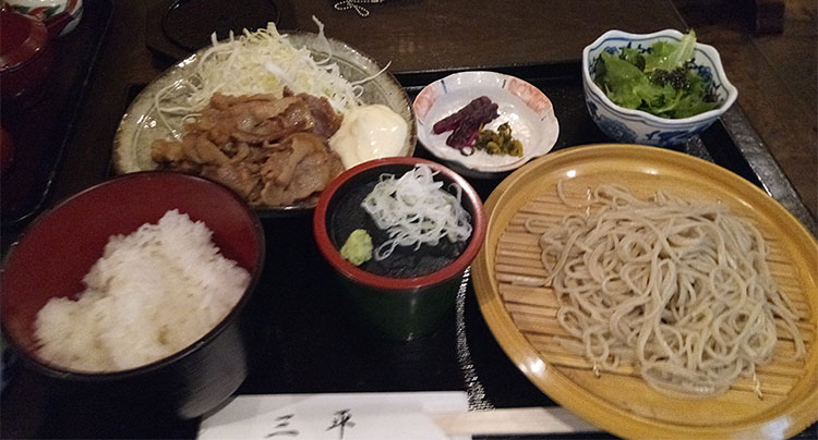 生姜焼き・ご飯・蕎麦のセット(1,000円)
