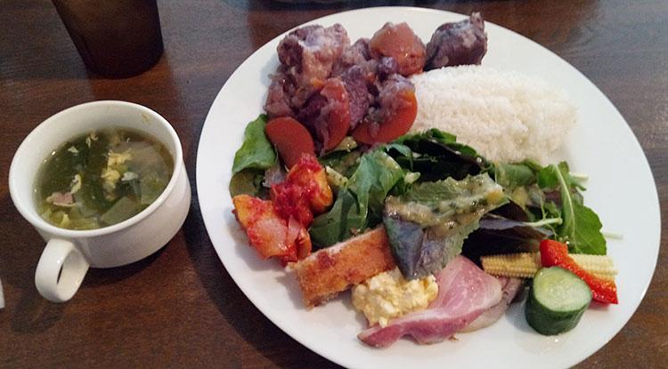 豚バラの赤ワイン煮(1,000円)