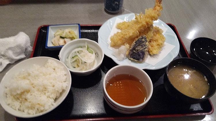 天ぷら定食(1,000円)