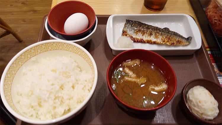 たまかけさば朝食(390円)