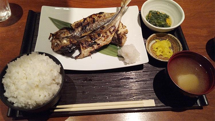 黄金鯵の開きと鱈西京焼(1,200円)