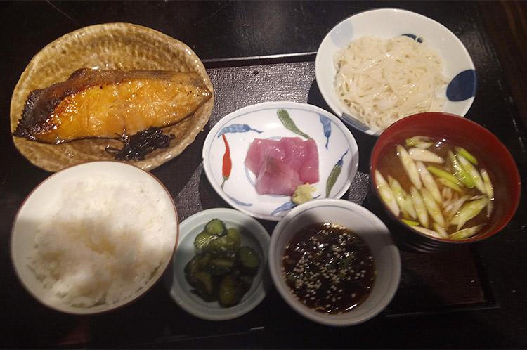 かれい味噌漬け定食(1,000円)