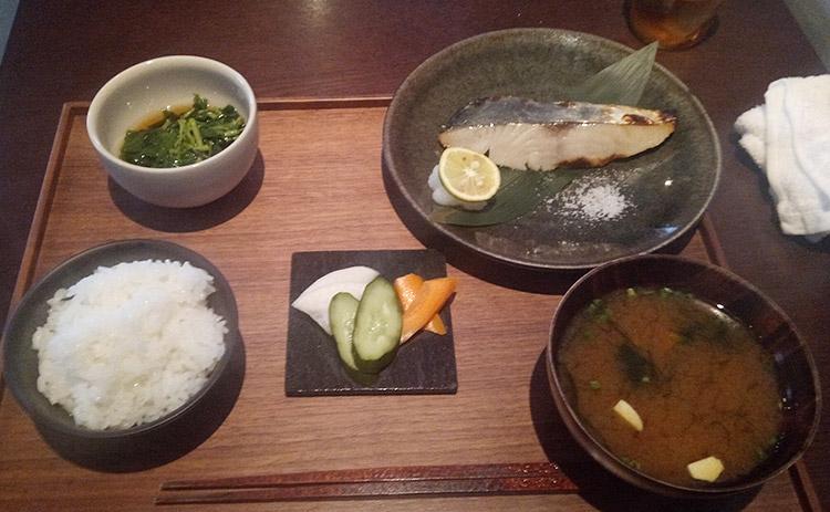 鰆の塩麹焼き定食(1,300円)