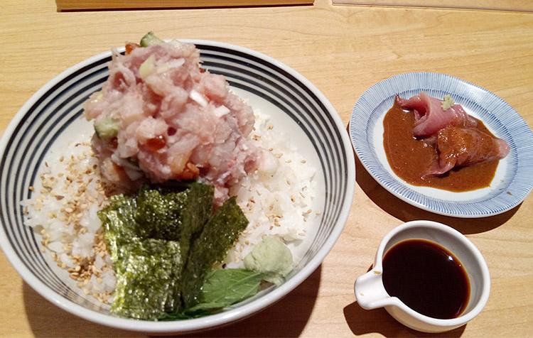 ぜいたく丼 梅(1,080円)