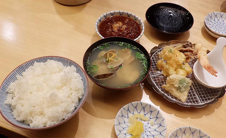 天ぷらめしと味噌椀(1,180円)