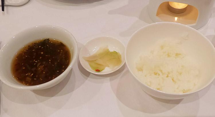 ご飯・漬物・スープ