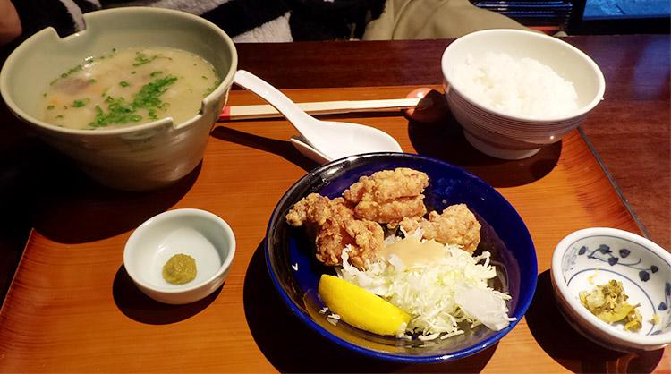 麓鶏の唐揚げと豚汁定食(1,200円)