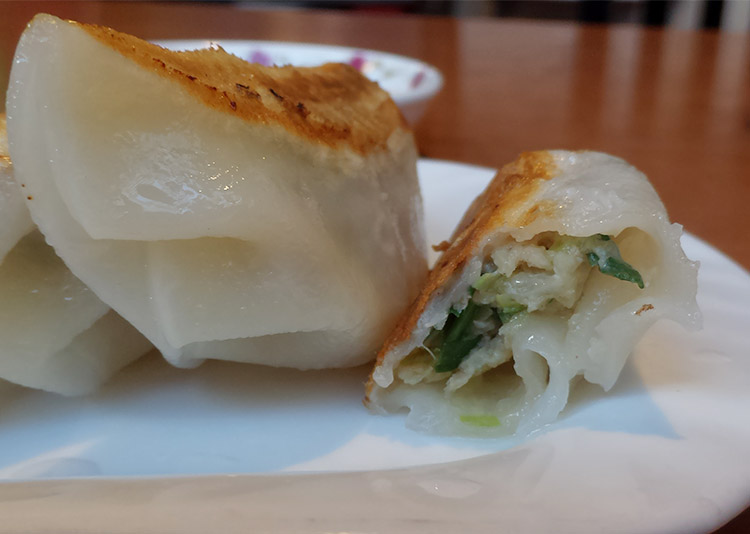 焼餃子(200円)