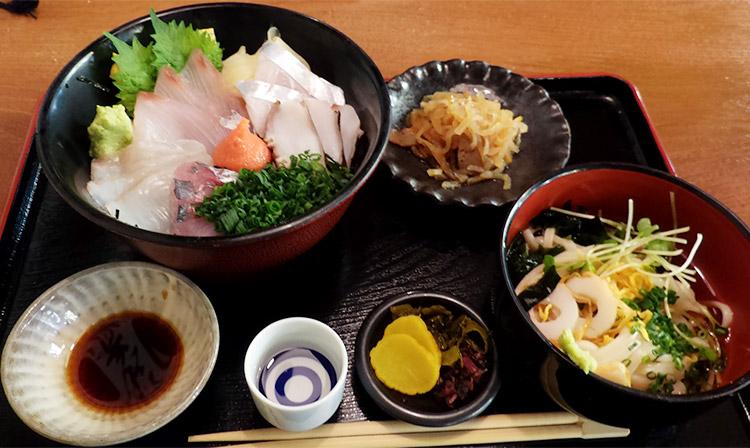 玄海海鮮丼(1,240円)