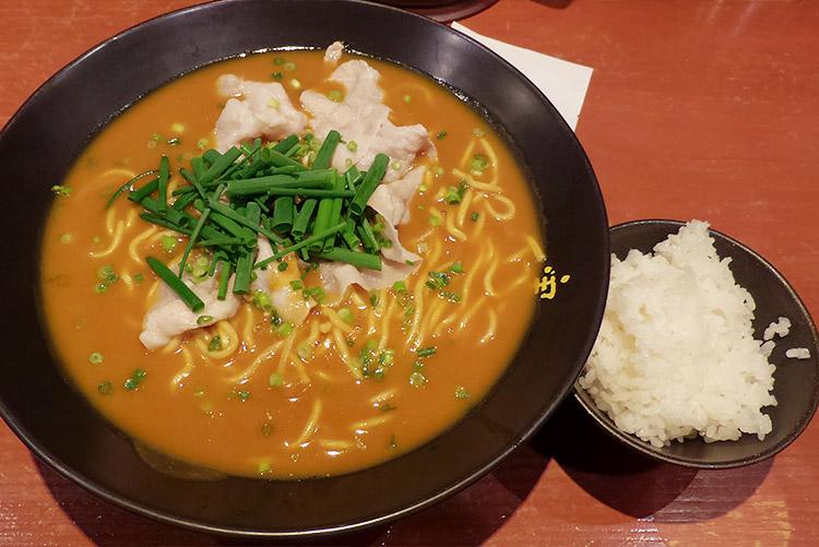 かれー麺[大盛](970円)