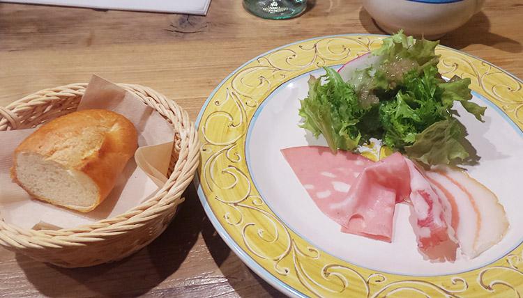 カキと菜の花のぺペロンチーノ(1,000円)