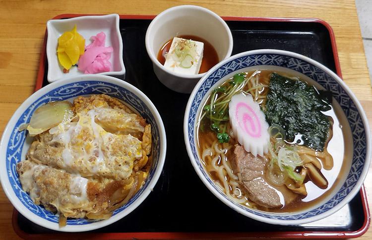 ラーメン+ミニカツ丼セット(1,000円)