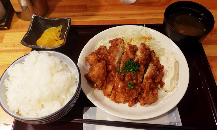 宮崎風 漬け鶏南蛮(780円)