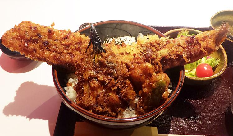 江戸前の穴子天丼(1,512円)