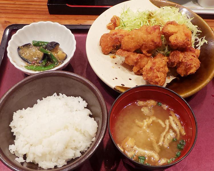 鶏の唐揚げめんたい風味定食(1,280円)