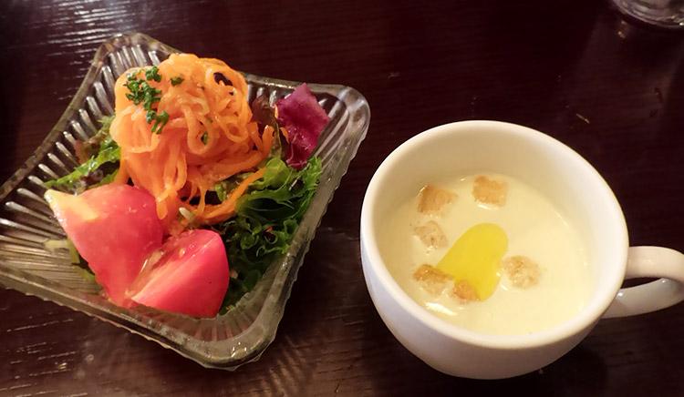 牛バラ肉と牛スジ肉の煮込み(1,200円)