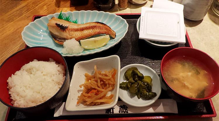 ほっけ定食[小付](690円)