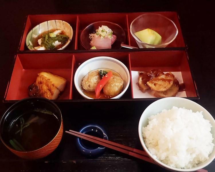 たまて箱御膳(1,050円)