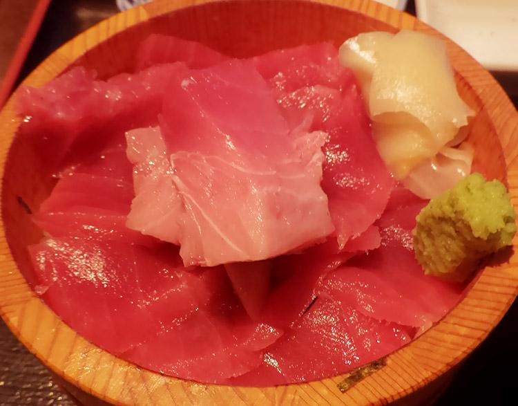 まぐろてんこ丼(1,000円)