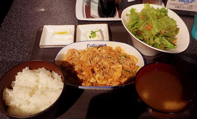 豚キムチ定食(800円)
