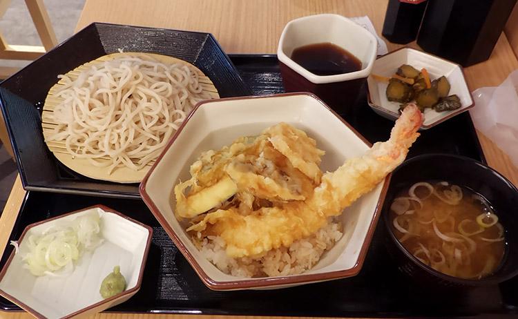 天丼&小そば(900円)