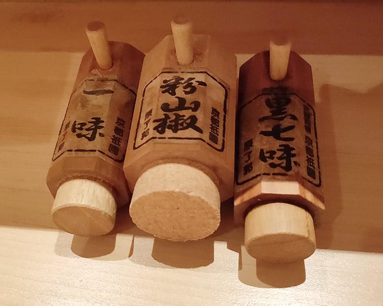 「赤坂焼鳥 鳳(おおとり)」で「焼鳥重(1,300円)」のランチ