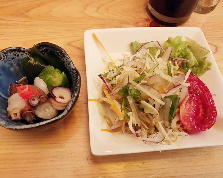 「赤坂寿司」で「7貫と手巻き1本(1,300円)」のランチ